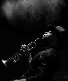 Magic trumpet - to jeden z utworów na płycie skojarzył mi się z tym zdjęciem Nicholas Payton