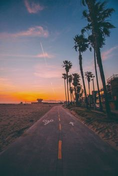 Landscape Photography: Tips To Enhance The Experience – PhotoTakes Beautiful World, Beautiful Places, Nature Photography, Travel Photography, Photography Tips, Pretty Pictures, Aesthetic Wallpapers, Summer Vibes, Places To Go