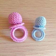 New Crochet Baby Shower Souvenirs Free Pattern Ideas Crochet Shrug Pattern Free, Crochet Blanket Edging, Blanket Yarn, Free Pattern, Crochet Patterns, Pattern Ideas, Crochet Kids Hats, Crochet Gifts, Crochet Toys