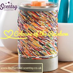 The letter C......  Colours of the rainbow warmer and the winter all time favourite christmas cottage wax  #scentsyAtoZ #leannesmellsthescent #flamelessfragrance #coloursoftherainbow #christmascottage #wax #warmer