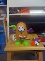 Mr. Potato Head guess a word / sight word game