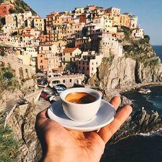 Cinque Terre, Italy. #CinqueTerre - #Italy Photo Credit: @sezyilmaz