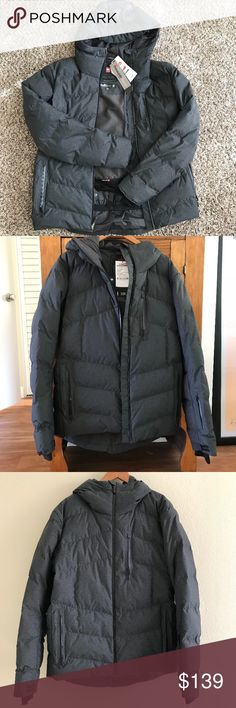 """Quiksilver 15k Snow jacket """"premium"""" collection Quiksilver 15k snow/ski jacket Mens size Medium, part of the """"premium"""" collection & new without tags ! very nice & warm Quiksilver Jackets & Coats Ski & Snowboard"""