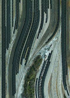 Met kolen gevulde treinen op een rangeerterrein in Norfolk Virginia.