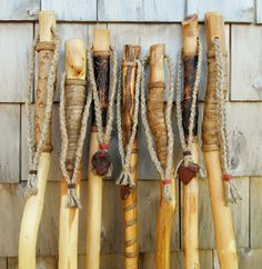 Hiking Walking Stick Making Walking Sticks For Hiking, Handmade Walking Sticks, Hand Carved Walking Sticks, Wooden Walking Sticks, Walking Sticks And Canes, Walking Canes, Cane Stick, Stick Art, Spirit Sticks