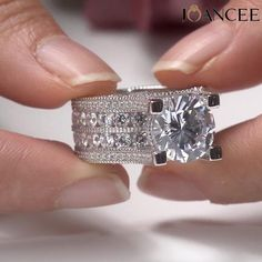 A perfect ring that is sure to shine! Big Engagement Rings, Beautiful Engagement Rings, Pretty Rings, Beautiful Rings, Wedding Rings Vintage, Wedding Jewelry, Jewelry Rings, Jewlery, Bridal Rings