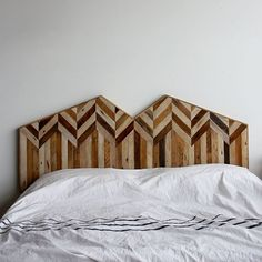 See how you can create the perfect rustic retreat with these 20 Rustic Inspired Headboards   upcycledtreasures.com