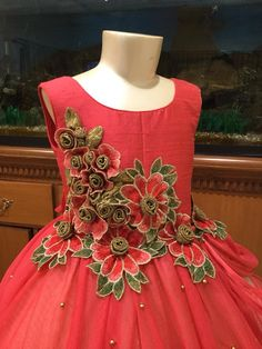 Kids wear Frocks - The world's most private search engine Little Girl Gowns, Gowns For Girls, Frocks For Girls, Kids Frocks, Girls Party Dress, Little Girl Dresses, Baby Dress, Girls Dresses, Toddler Fashion