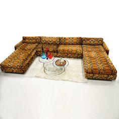 70s lounge sofa