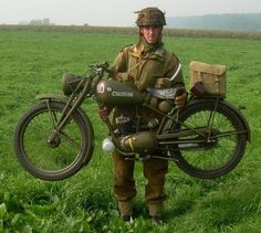 """Modern re-enactor photo - 1944 Royal Enfield """"Flying Flea"""" (designed to be dropped by parachute with airborne troops for WWII) British Motorcycles, Vintage Motorcycles, Cars Motorcycles, Motorcycle Design, Motorcycle Style, Women Motorcycle, Motorcycle Helmets, Motorcycle Touring, Motorcycle Quotes"""