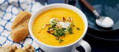 Tämä suosikkikeitto on helppo ja nopea. Voit myös oikaista käyttämällä valmista bataatti- ja porkkanasosetta. N. 1,65€/annos. Soup Recipes, Vegetarian Recipes, Healthy Recipes, Healthy Food, Thai Red Curry, Ethnic Recipes, Maa, Motion, Soups