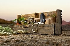 outdoor garden shelf displays | Tags: Pallet Shelves , Pallet Shelving , Recycled Shelves , Shelves