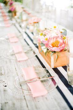 Preppy wedding ideas | Jenna Henderson Photography | see more on: http://burnettsboards.com/2015/04/preppy-summer-garden-wedding/