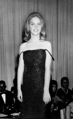 Elke Maravilha jovem, biografia, uma fashionista que sempre será lembrada. Homenagem!