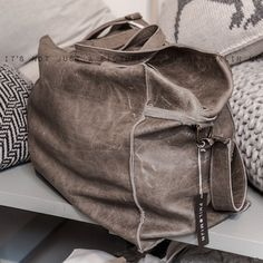 Bags by Shuka, Amsterdam Pfoto by Paulina Arcklin..