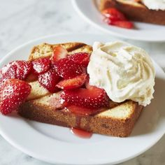 Recipes | Grilled Pound Cake with Strawberries and Cream | Sur La Table