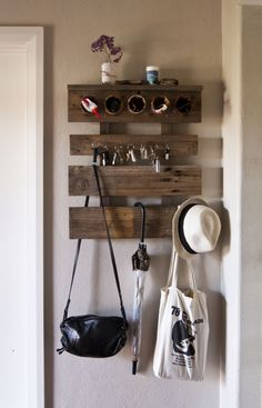hallway_organiser_upcycled_pallets
