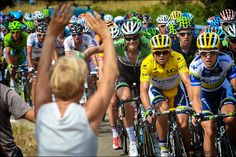 CHASING LE TOUR: CAVENDISH OPENS HIS ACCOUNT - Stage 5 -