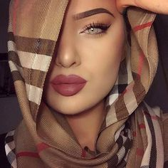 Simple Makeup with Hijab Tutorial and Hijab Makeup Tips – Hijab+ – Hijab Fashion 2020 Beauty Makeup, Eye Makeup, Hair Makeup, Hair Beauty, Beautiful Hijab, Beautiful Eyes, Hijab Makeup, Arabian Makeup, Hijab Tutorial
