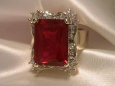 Birthstone Ring This Gorgeous Garnet Ring Elvis can be seen wearing in the Documentary Film ' Elvis On Tour ' January Birthstone