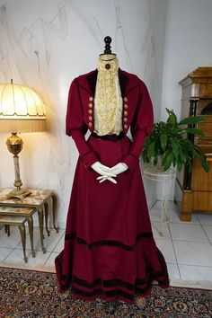 1900 Walking Dress Promenade Gown antique dress antique