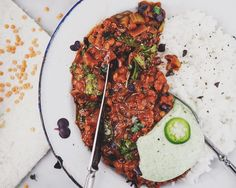 Chocolate Lentil Stew | Suklaa-linssimuhennos | Suusta suuhun
