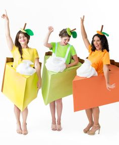 Turn into your favorite pie for Halloween with these DIY pie slice costumes! Will you be key lime, lemon meringue or the classic pumpkin! Food Costumes, Candy Costumes, Diy Halloween Costumes For Women, Last Minute Halloween Costumes, Creative Halloween Costumes, Diy Costumes, Halloween Diy, Couple Costumes, Costume Ideas