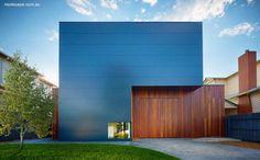 Fachada de casa residencial moderna de dos plantas en Australia