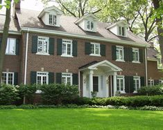 Windows,Traditional Colonial Homes Exterior Design- grand portico Red Brick Exteriors, Colonial House Exteriors, Colonial Exterior, Traditional Exterior, Exterior House Colors, Traditional House, Exterior Design, Exterior Homes, Exterior Paint