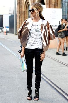 yes - nailed it with this look. Graphic T and gold metallic jacket