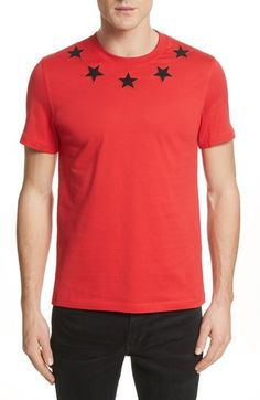 GIVENCHY STAR APPLIQUE T-SHIRT. #givenchy #cloth #