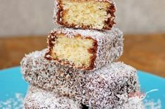 Kokosové ježe   NajRecept.sk Sweet Recipes, Cake Recipes, Snack Recipes, Cooking Recipes, Snacks, Christmas Sugar Cookies, Christmas Sweets, Christmas Baking, Slovak Recipes