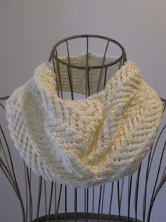 Balls to the Walls Knits: Arrowhead Lace Cowl Free 152 yds cotton 20st 7 straight needle Buttoned in back