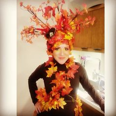 Pin for Later: 37 Ingenious Halloween Costume Ideas That Cost Just $1  Costume: Autumn tree