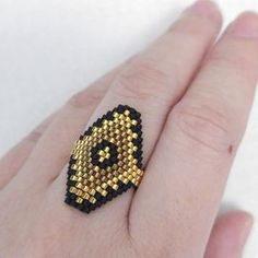Black and Gold Ring Hexagon Ring Luxe OOAK Ring Spanish Egyptian Style Geometric Ring Beaded Hexagon Baroque Beaded Jewelry Patterns, Beading Patterns, Ring Tutorial, Bead Loom Bracelets, Beaded Crafts, Handmade Rings, Bijoux Diy, Seed Bead Earrings, Bracelets