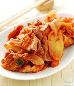 泡菜炒肉片 食譜 - YTOWER Taiwanese Popcorn Chicken, Snack Recipes, Snacks, Pork, Chips, Favorite Recipes, Snack Mix Recipes, Kale Stir Fry, Appetizer Recipes