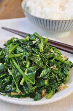 stir fried pea shoots with garlic