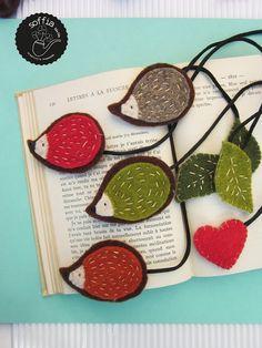 Felt bookmarks by Sirlei Toledo Book Crafts, Hobbies And Crafts, Felt Crafts, Fabric Crafts, Sewing Crafts, Crafts For Kids, Diy Crafts, Hedgehog Craft, Felt Bookmark