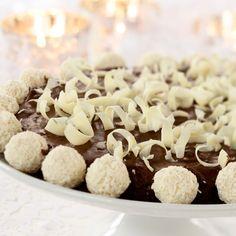 Kuva - Italialainen suklaakakku (Torta di Cioccolato) Krispie Treats, Rice Krispies, Feta, Cereal, Stuffed Mushrooms, Gluten Free, Cheese, Food And Drink, Baking