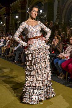 Moda Flamenca para el Rocío 2017 8 Trajes De Gitana b5cd0a47056