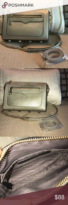 Rebecca Minkoff Avery Crossbody Rebecca Minkoff Avery crossbody in metallic gold with gold hardware. The saffiano leather and hardware are in perfect condition. Can be worn crossbody, shoulder, or as a clutch. Comes with removable strap and extra tassels for zipper pulls. Rebecca Minkoff Bags Crossbody Bags