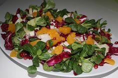 Wintersalat mit Chicoree und Radicchio Caprese Salad, Cobb Salad, Salads, Beatles, Healthy Recipes, Healthy Food, Stuffed Peppers, Dinner, Vegetables
