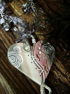 Beautiful Pendant combining polymer and wire