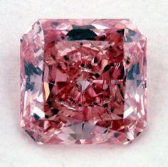 'The 2.17 Carat Vivid Purplish-Pink Diamond' - Exhibited at Diamond Rainbow Shines in New York