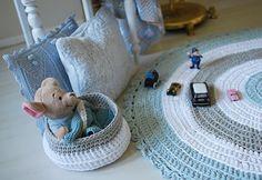 t-shirt crochet rug