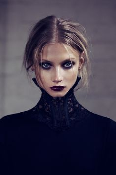 90s grunge make up. Anna Selezneva photographed by Zoey Grossman for For Love & Lemons Fall 2013