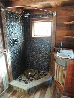 Tiny Texas Houses Bathroom
