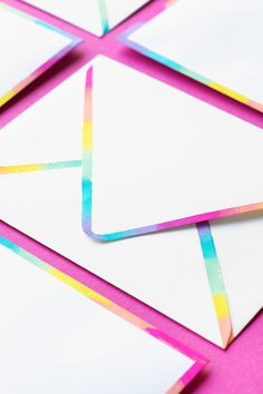DIY Rainbow Edge Stationery   studiodiy.com