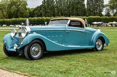 Hispano Suiza K6 Roadster Saoutchik à Chantilly Arts et Elegance #MoteuràSouvenirs Reportage :  http://newsdanciennes.com/2016/09/05/chantilly-arts-et-elegance-2016-creme-creme/ #ClassicCar #VintageCar #Voiture #Ancienne