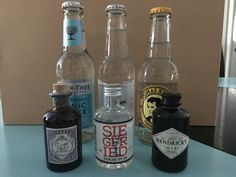 Dry Gin, Gin And Tonic, Vodka Bottle, Drinks, Drink, Beverage, Drinking